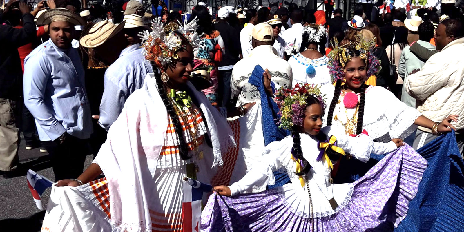 Polleras at NYC's Panamanian Parade (courtesy DCIPNY)
