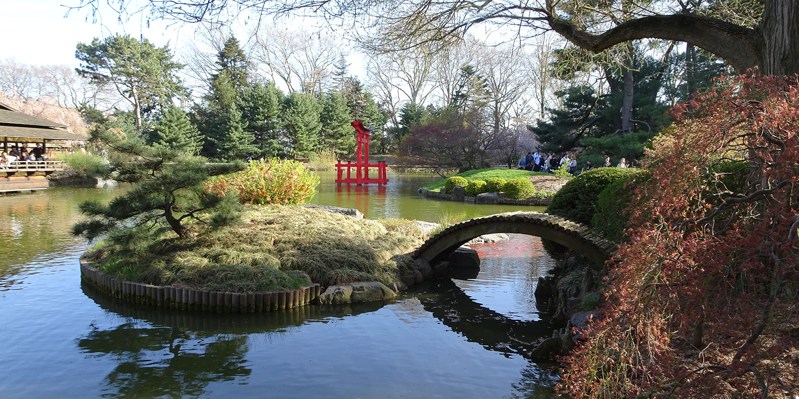 Brooklyn Botanic Garden Japanese Hill-and-Pond (© Jose Terrero/Dreamstime)