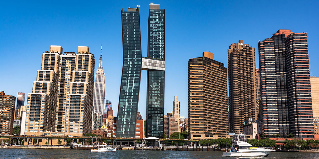 Murray Hill, NYC East River waterfront (Pikappa/Dreamstime)