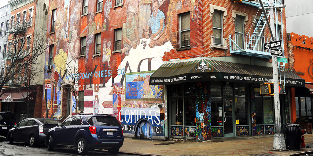 Mural in El Barrio East Harlem, NYC at 1645 Lexington at 104th St (Zhukovsky/Dreamstime)